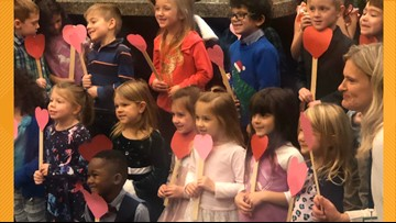 Young boy invites entire kindergarten class to his adoption hearing